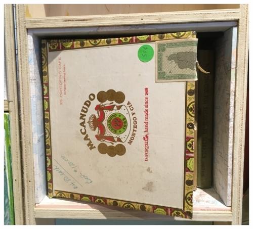 cigar-box detail