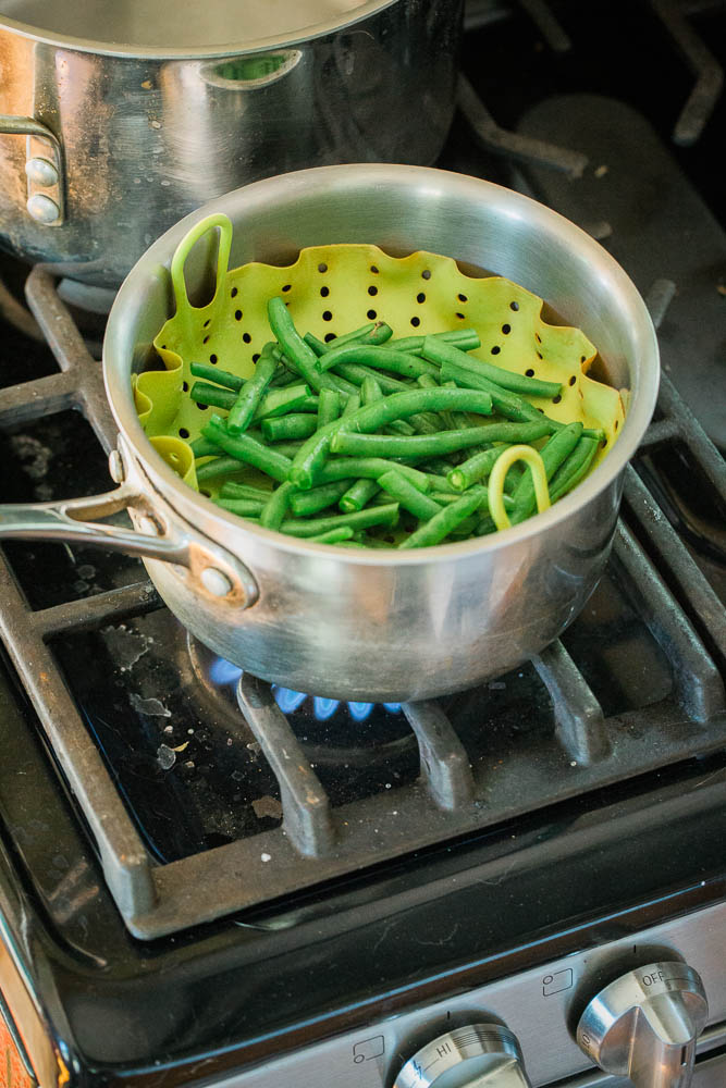 steaming-blanching-green-beans-dehyrating-camping-canoe-trips-minnesota.jpg