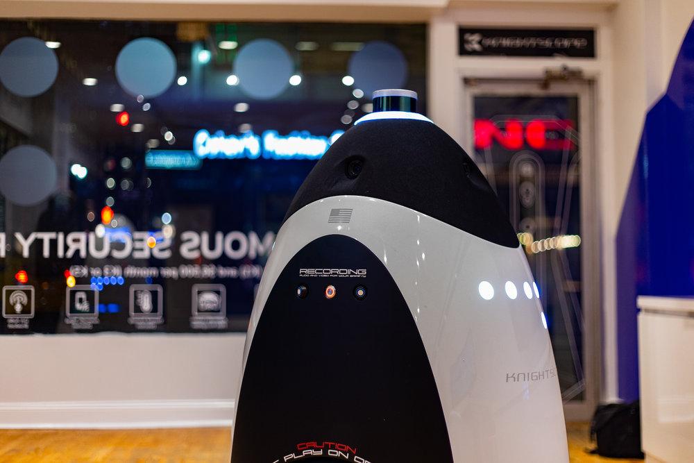 K3 indoor machine  featuring artificial intelligence Custom Concierge capabilities