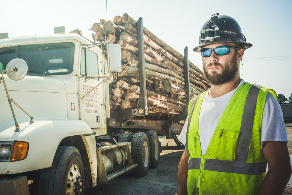 log truck driver - Log truck drivers operate heavy trucks to transport logs and other wood products over urban, interurban, provincial and United States routes.