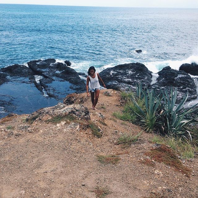 Throwback to exploring around our beautiful neighbouring beaches.  Pack your bag and come adventure! ⛰🤸🏼‍♀️💦🐚🐡