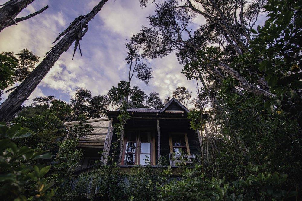 Fossicker's Hut - WAKAMARINA