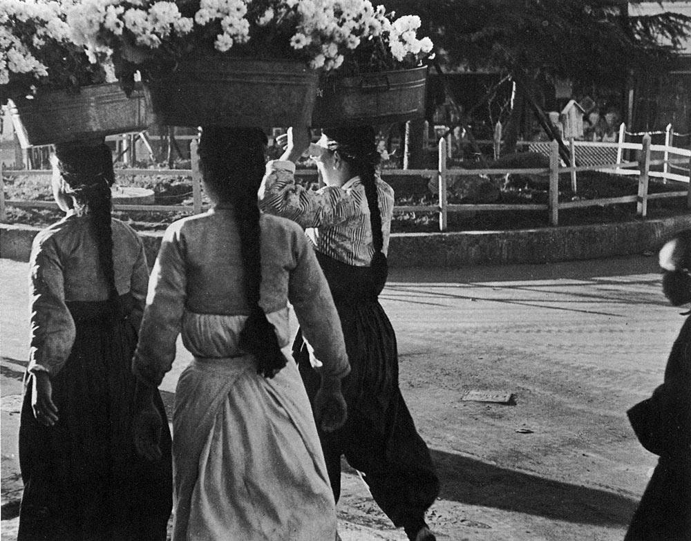 林应植,《清晨(釜山)》,1946年。图片由首尔摄影博物馆提供。