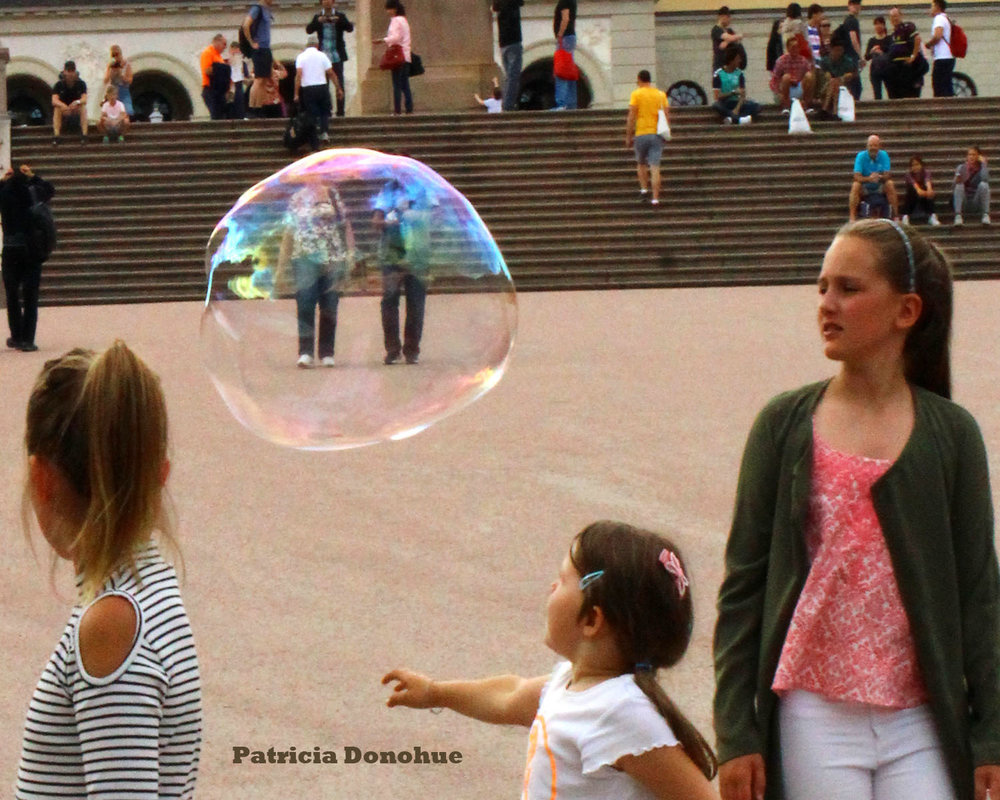 couple in bubble.jpg