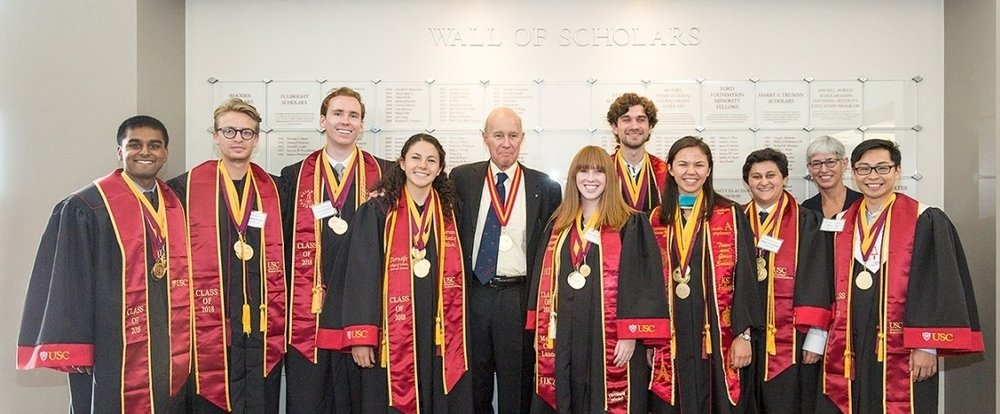 2018-Discovery-Scholars-Prize-Winners.jpg