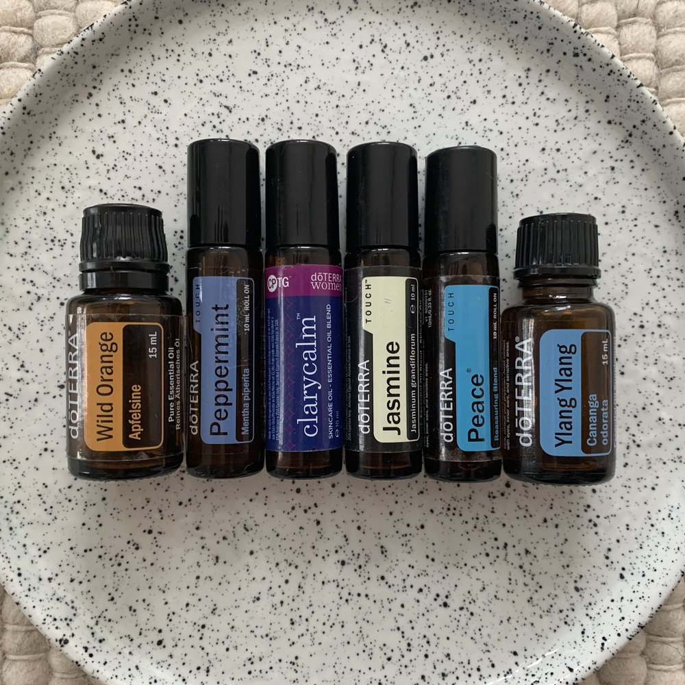 Female Embodiment kit €177.50 - Wild Orange 15 ml, the oil of abundance, happy oil, playfulness, creative #60204655Clary calm 10 ml touch, hormone regulation, emotionally open and vulnerable. #60204376Peace 10 ml touch, stress management, relaxation and spiritually connected. #60204689Jasmine 10 ml touch, nurtures healthy sexuality and self-acceptance #60203545Peppermint 10 ml, focus & energy, brings joy and boyancy to the heart and soul. #60204694Ylang ylang 15 ml, aphrodisiac, get your sensuality flowing, emotionally connected #30240001(If you are not yet a member remember to add €25 for the enrollment fee).