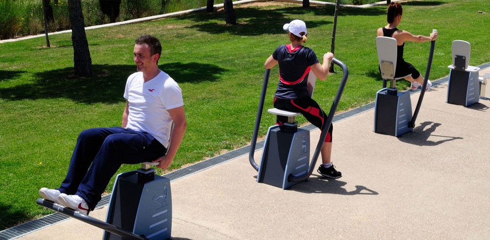 modern-adult-outdoor-gym-equipment.jpg