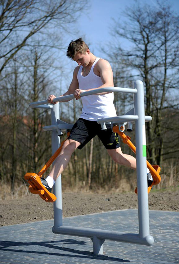 contemporary-gym-equipment-for-parks.jpg