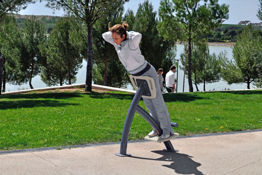 outdoor-gym-equiment.jpg