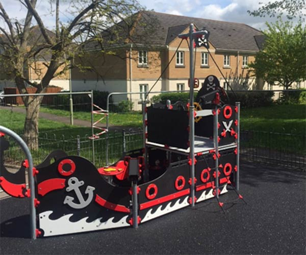 Pirate themed play ship