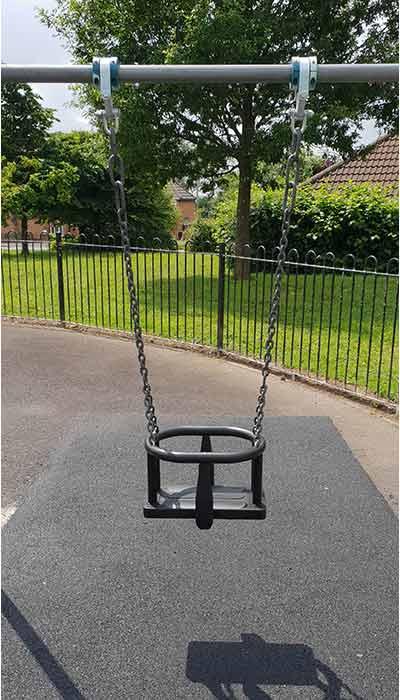 New cradle swing