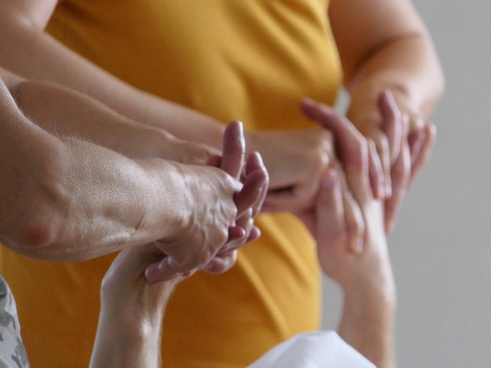 Austauschtage Esalen Massage.JPG