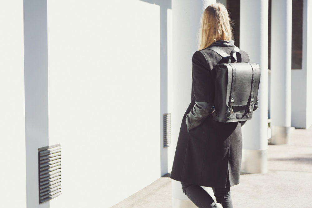 KASPERI_Backpack_Small_Black_2.jpg