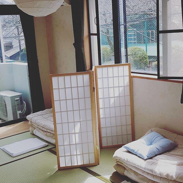ドミトリー(相部屋)です☺️ . ーーーーーーーーーー This is dormitory of gaku. !! #hakone #dormitory #hostel #Japan #箱根登山鉄道 #japaneseculture #hostel #japantrip #japan_photo_now #japanese #japantrip #hanabi #japan_of_insta #ゲストハウス #guesthouse #箱根