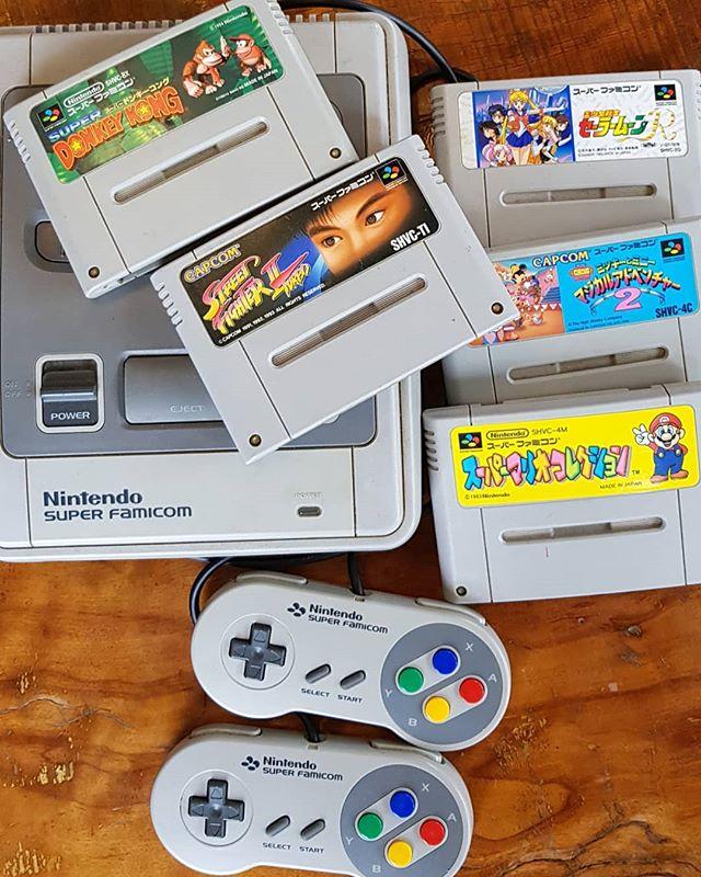 懐かしのスーパーファミコン!リラックスできるリビングで一緒にやりませんか?  We have Super Nintendo Entertainment System.Let's enjoy together!  #ゲストハウス #旅行好き #箱根 #箱根登山鉄道 #強羅 #温泉デート #彫刻の森美術館 #箱根神社 #インスタ映え #芦ノ湖 #スーパーファミコン #任天堂#guesthouse #futon #backpacker #japan #travel #hotsprings #hakoneshrine #japanesestyle #lakeashino #airbnb #volcano #cosy #tatami #nintendo #superfamicom #mariobrothers #sailormoon