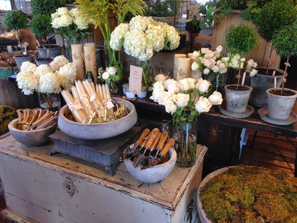 les fleurs : andover florist, floral shop, garden floral store : high end garden tools