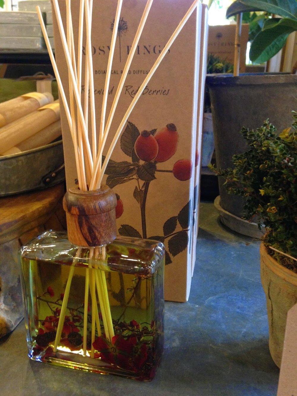 les fleurs : andover florist, floral shop, garden floral store : rosy rings : oil diffuser