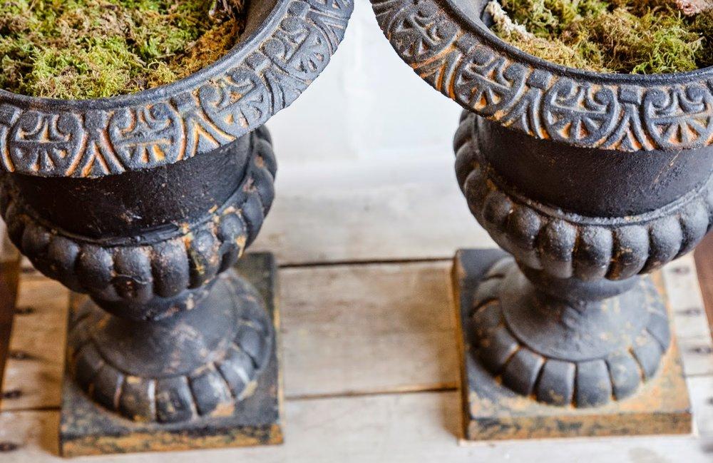urns,plant urns,outdoor urns