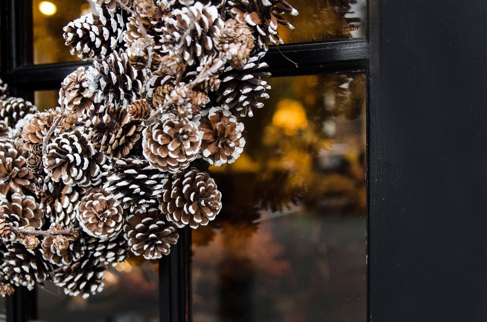 flocked pine cones : holiday : wreath : pinecone wreath : seasonal decor : black door