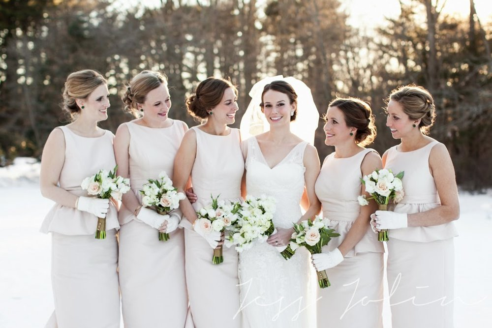 les fleurs : white, champagne, gold & emerald : winter wedding : peplum bridesmaid dresses : jess jolin photography : willowdale estate : rosemary, lisianthus, tulip, ranunculus, rose