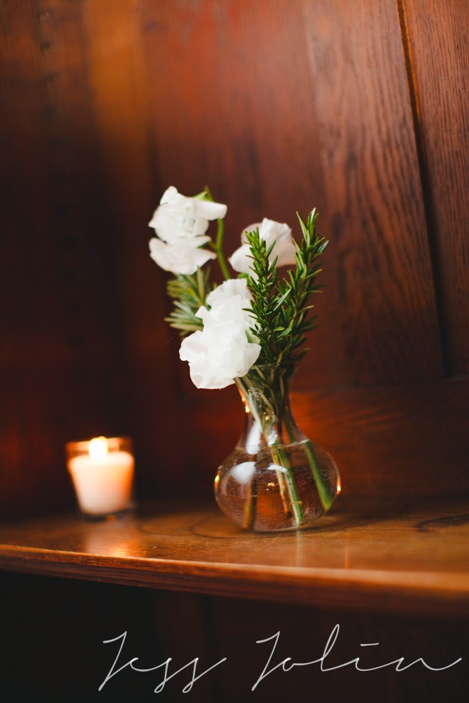 les fleurs : winter wedding : bud vase : white & green : sweet pea & rosemary