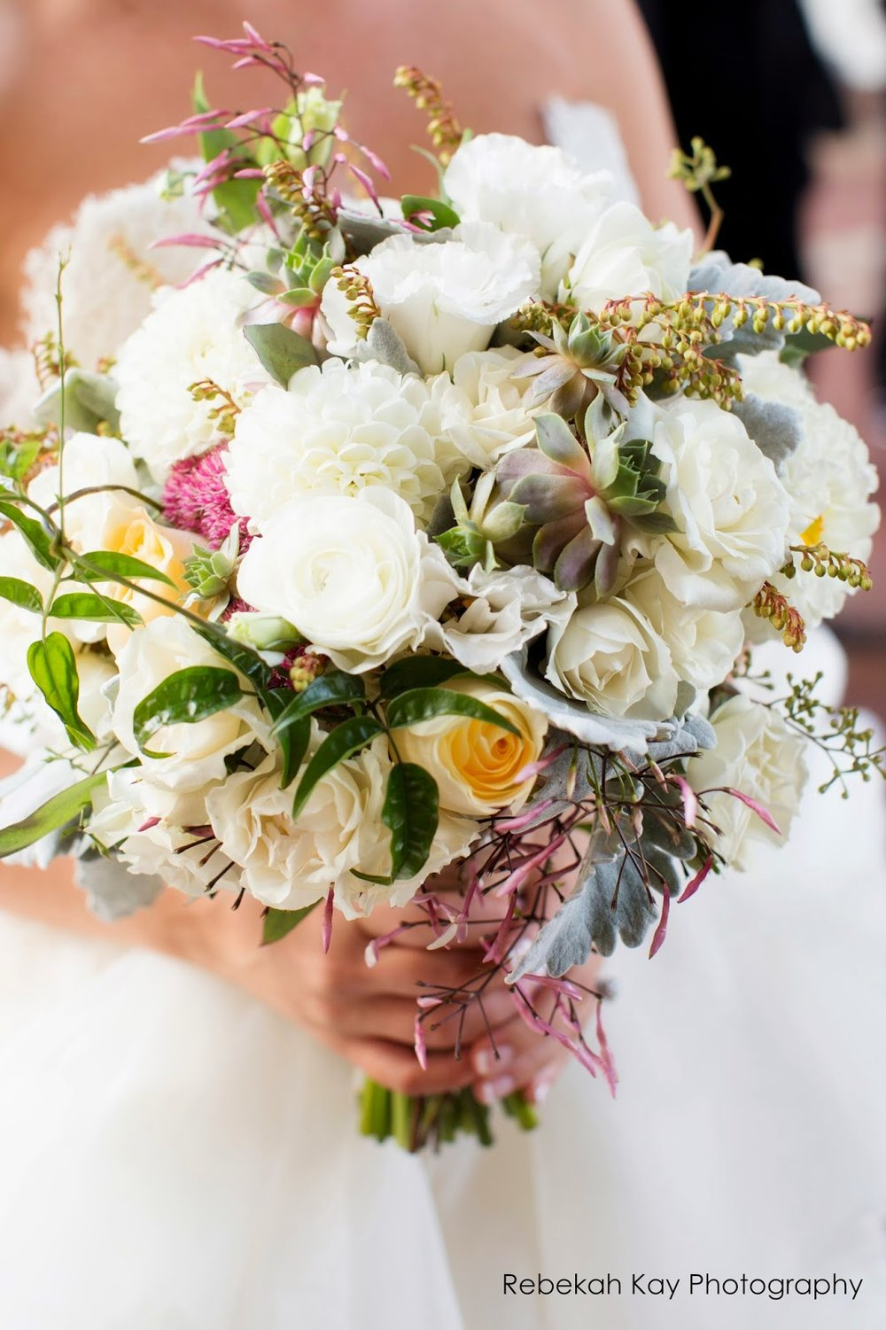 boston harbor hotel : les fleurs : rebekah kay photography : white dahlia, sedum, jasmine, succulents, white spray rose