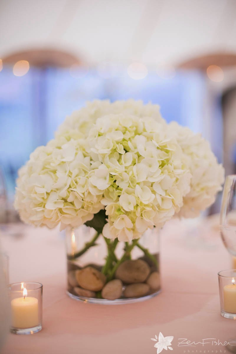 willowdale estate : summer tent wedding : zev fisher photography : white hydrangea : les fleurs