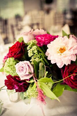 lanam club tent wedding summer arrangement