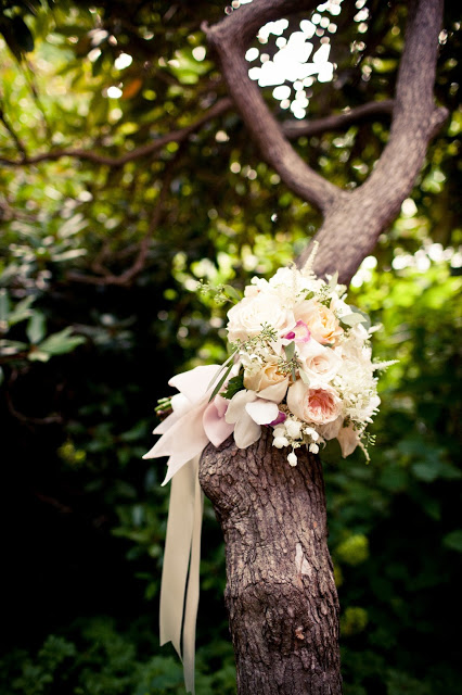 romantic bridal bouquet, pale shades