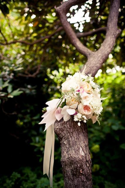 romantic bridal bouquet, pale shades