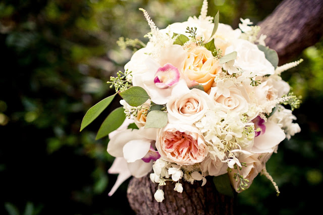 white, ivory, peach and pale yellow bouquet