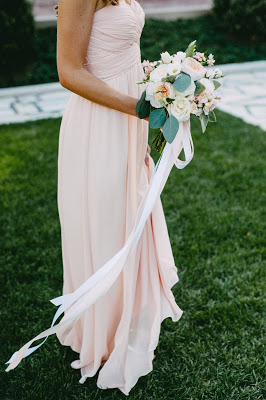 les fleurs : crane estate : bridesmaid : blush pink : juliet & dahlia bouquet : ribbon tails