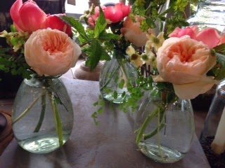 recycled glass vase : andover florist : les fleurs : juliet garden roses : coral peony