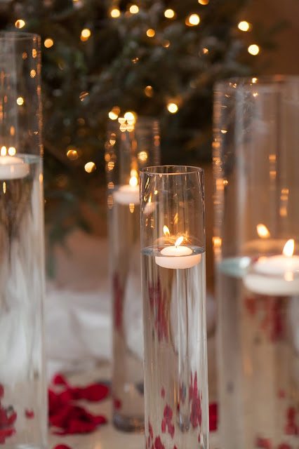 floating candles, red roses, holiday party, les fleurs
