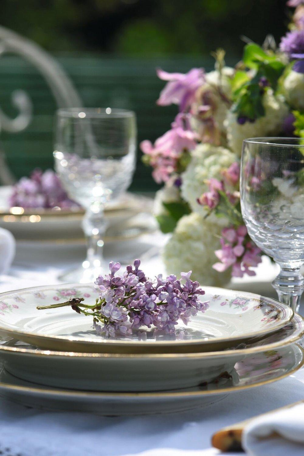 sharon-santoni-hospitality-les-fleurs.jpg