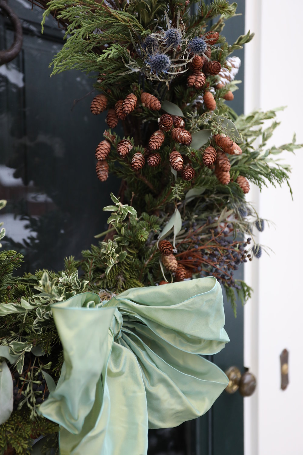 holiday-wreath-juniper-pine-custom-.JPG