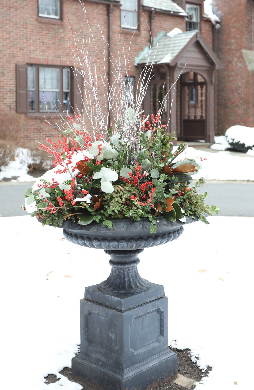 holiday-planter-ilex-berry.jpg