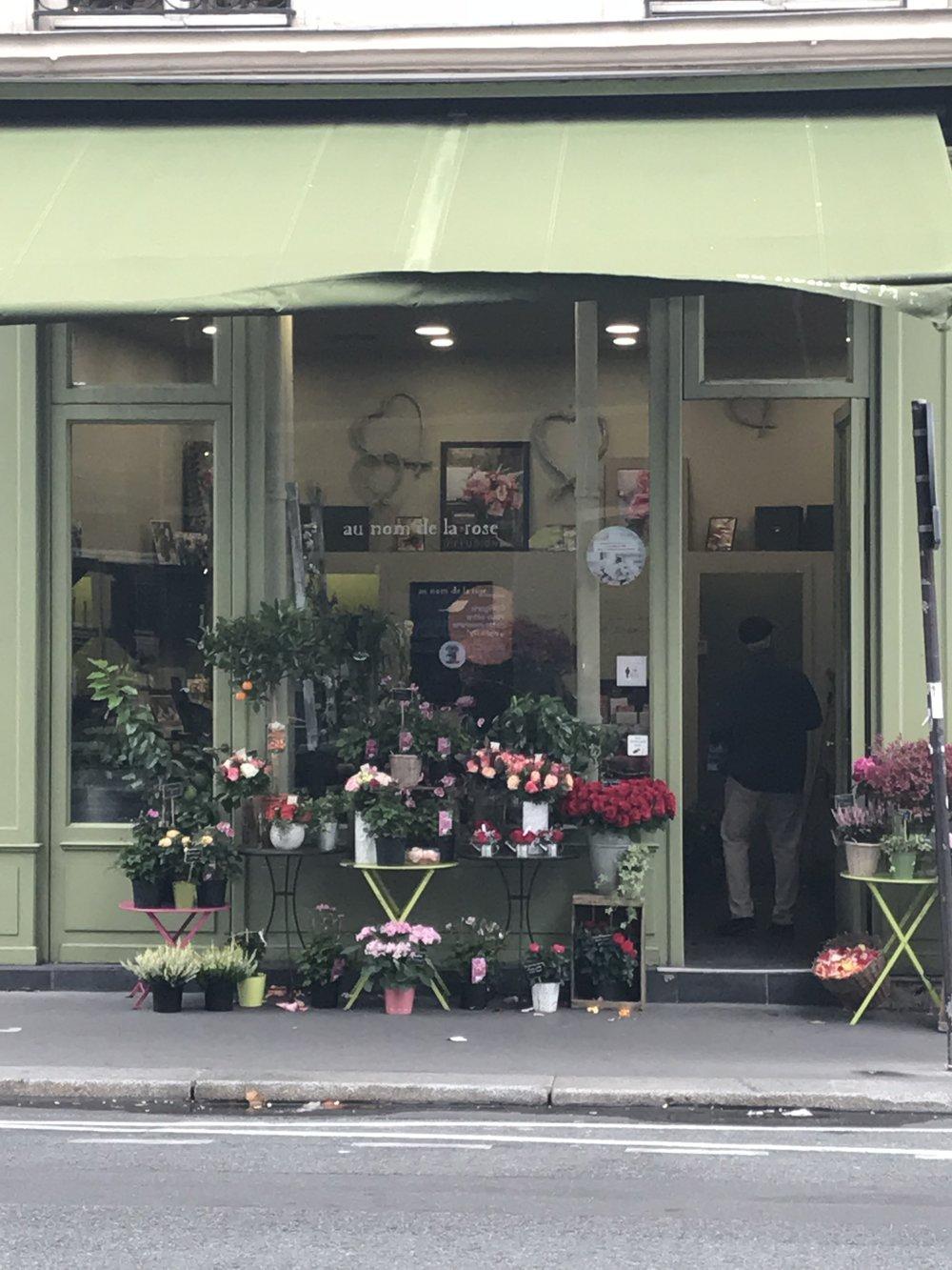 paris-flower-shop (8).jpg