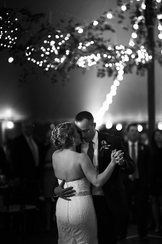willowdale-fall-tent-wedding-lesfleurs-2018 (3).jpg
