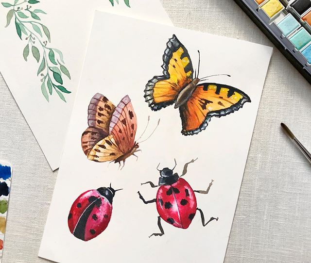 Little creepy crawlies. 🐞🦋 I love painting pretty bugs, but I have to admit, I hate googling for reference photos because an occasional spider or beetle image will pop up. 😖🥵🕷🙅🏻‍♀️ NO THANK YOU!