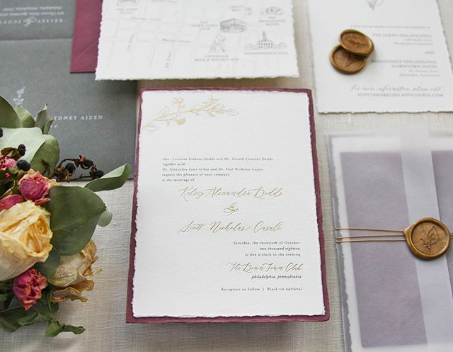 AH! I am beyond excited to share this with you all!! 😆 I've been working tirelessly to create a wedding stationery collection worthy of its own brand.  Between stationery that I've created for clients and LOVED, or samples that I've created to represent my work well, I'm so excited to introduce @craneandpalette! . I will still use this account as more of a personal artwork account, to share behind the scenes and things I hope that you love, but I'll share more of my refined design and illustration work on Crane & Palette's account. . Please give that account a follow if you'd like to see more wedding stationery and illustrated goods!!! 😁🥰❤️