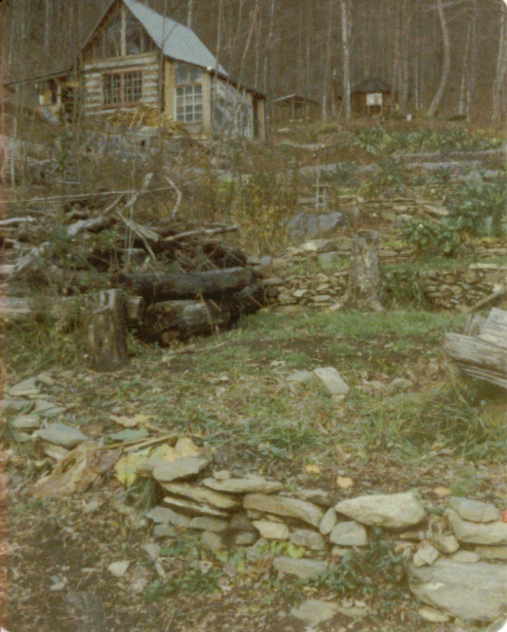 1976 early veggdn to cabin.JPG