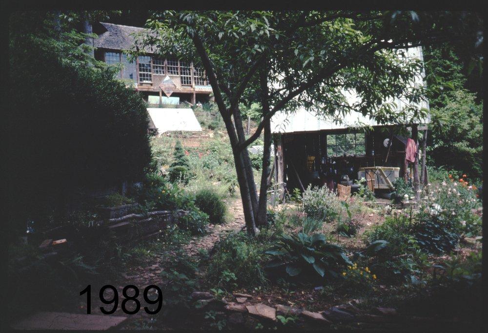 1989 cabin to pavil.jpg