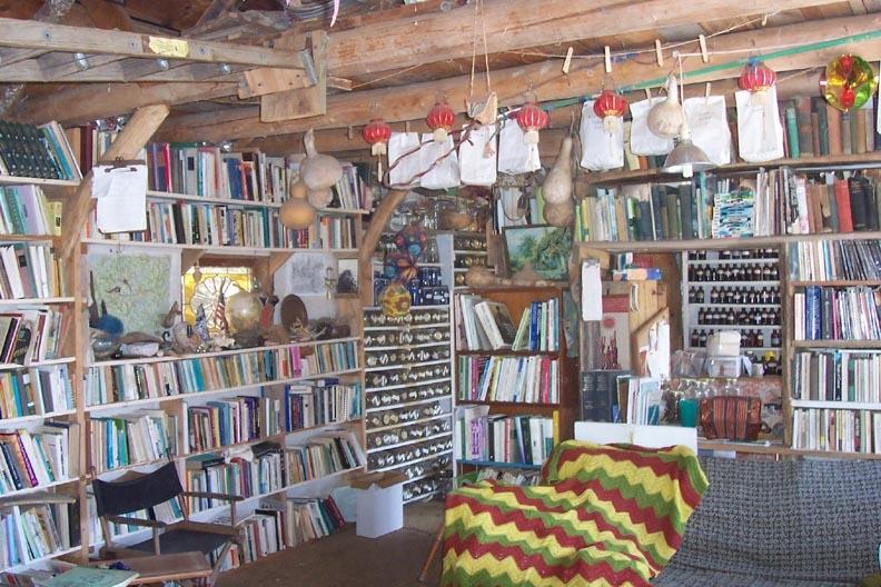 2002 pavil interior.JPG