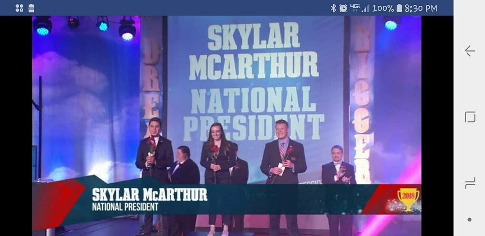 2018-2019 National Postsecondary President Skylar McArthur (center) - 2018 NLC