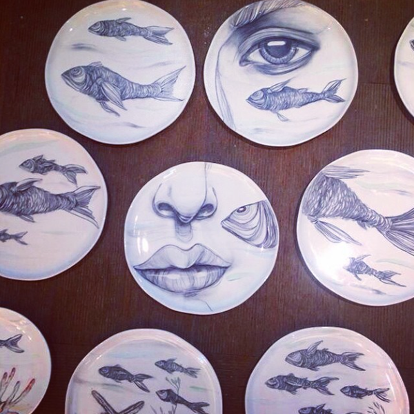 Lama's ceramic plate installation for Sea Grill restaurant in Fairmont Dubai