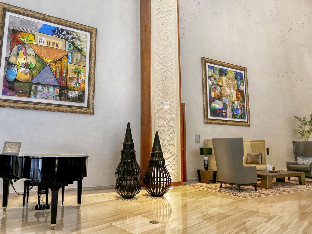 03-capsule-arts-projects-bay-la-sun-lobby-02.jpg