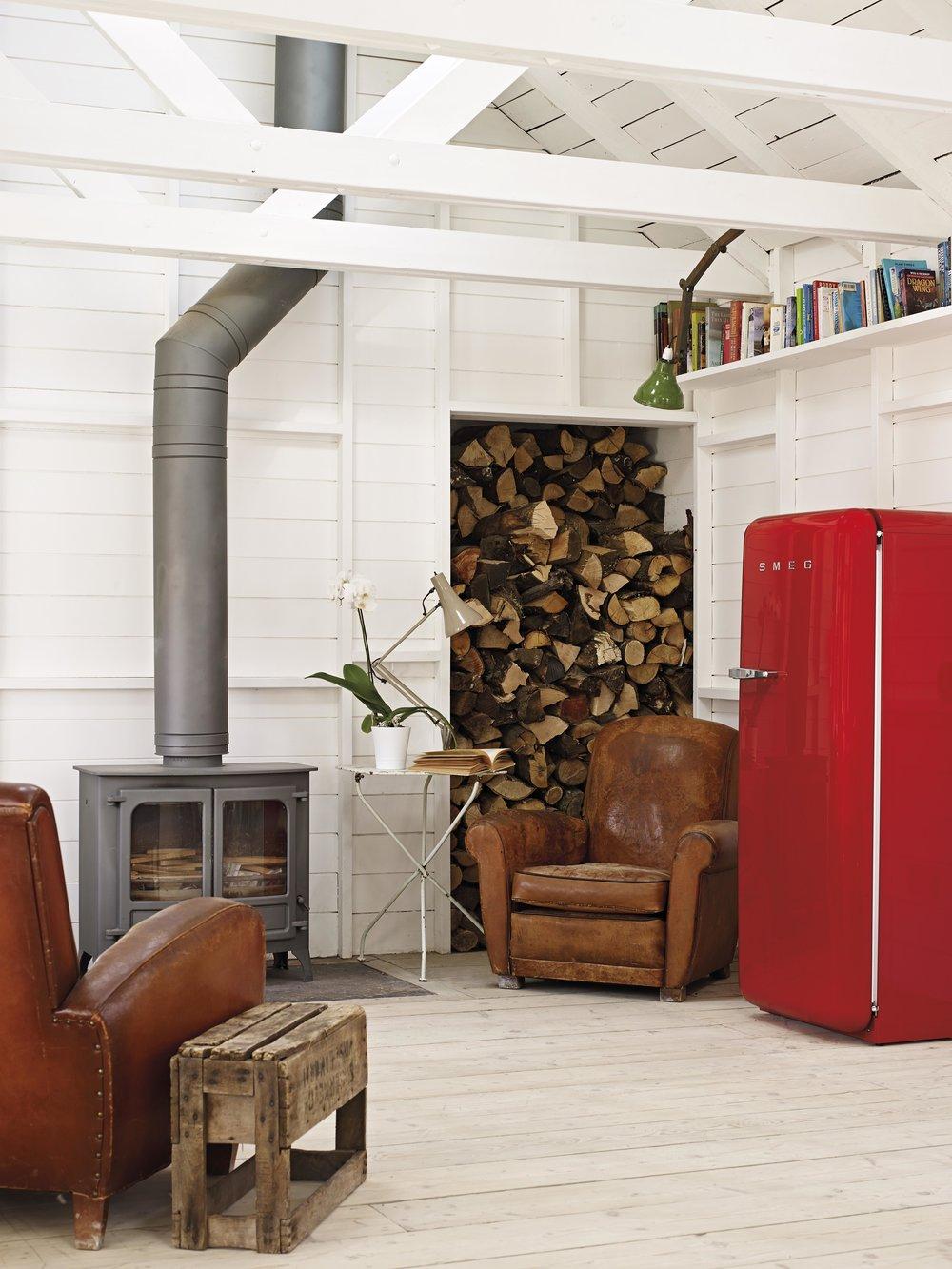 Smeg_Red+Wood.jpg