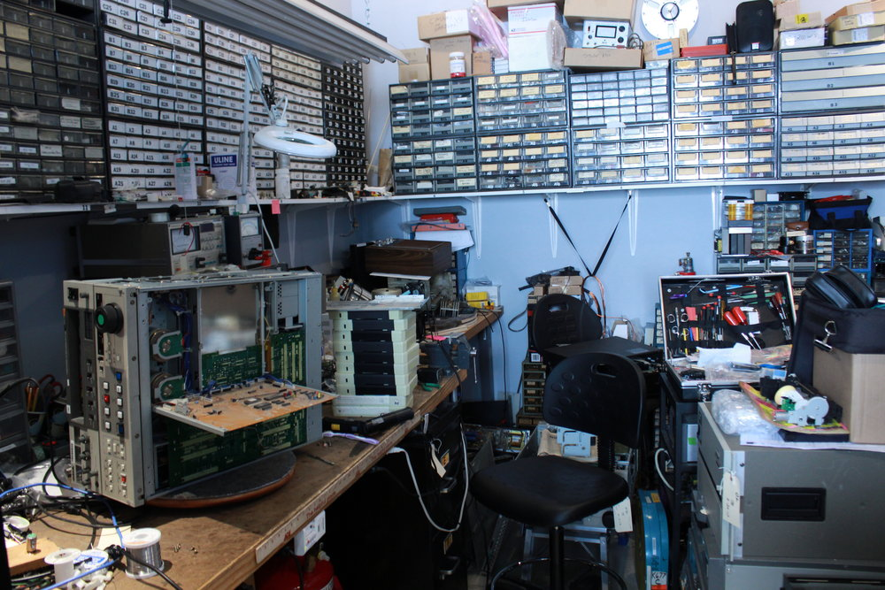 Electronic Maintenance Shop