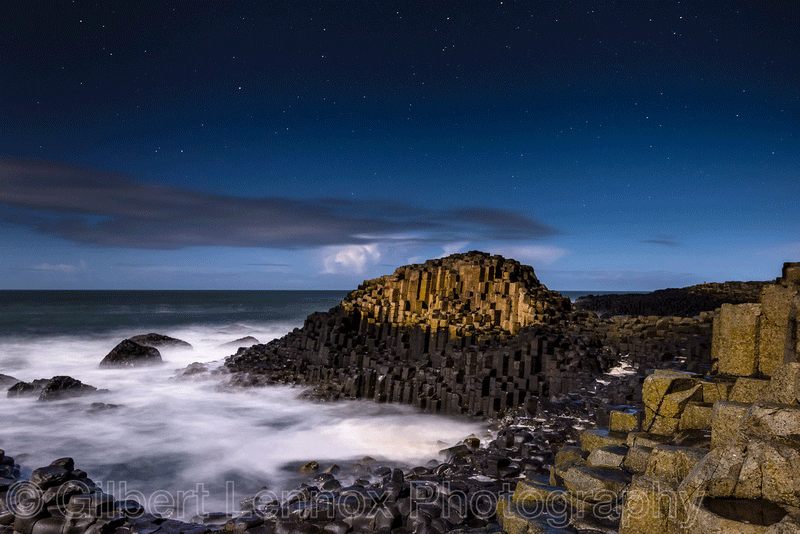 Giants Causeway By Gilbert Lennox